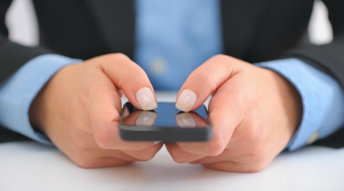 Как пробить номер телефона. Узнать владельца мобильного или найти номер по ФИО